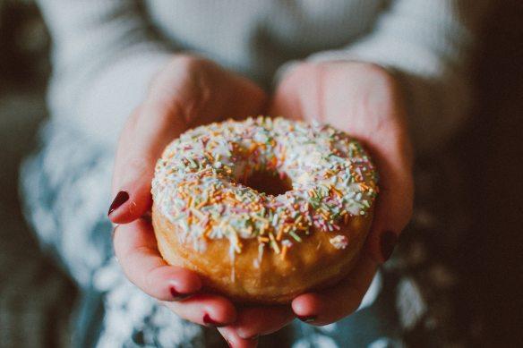 delicious-donut-doughnut-1785852